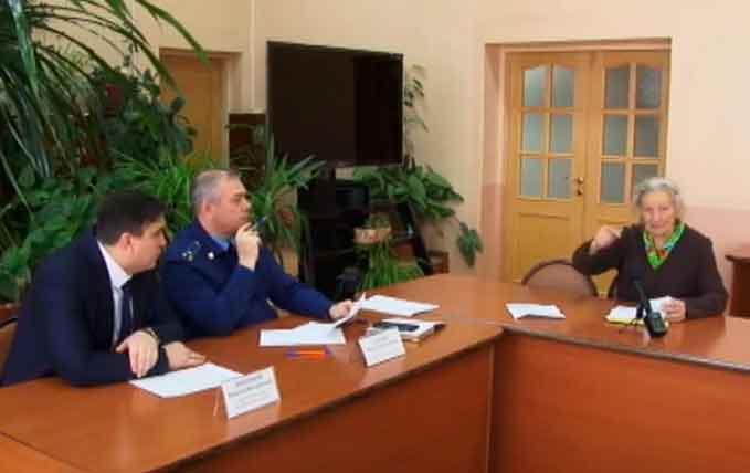 Ежемесячное заседание прокуратуры Смидовичского района с предпринимателями района