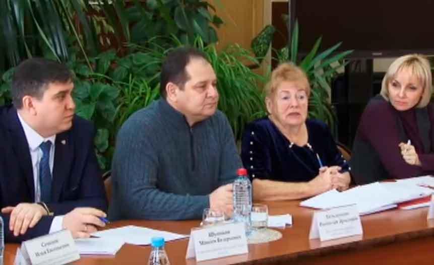 Врио губернатора ЕАО Ростислав Гольдштейн встретился с общественниками Смидовичского района