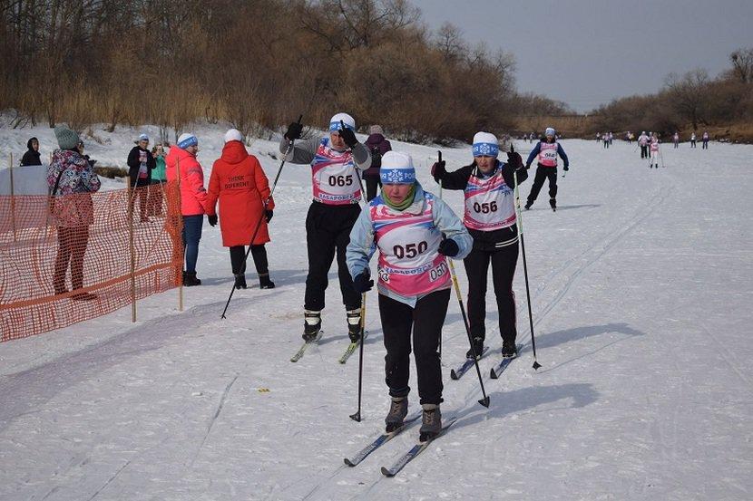 Накануне в селе Даниловка состоялись традиционные лыжные гонки на призы главы Смидовичского муниципального района, которые собрали около 400 участников.